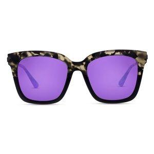 DIFF Eyeware Sunglasses